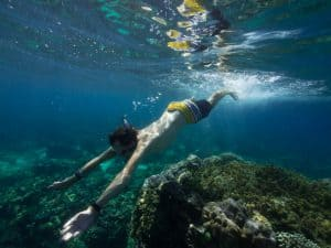 Siquijor diving - 20160307 P3070205 1 300x225 - Activities